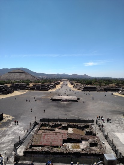 The Angel of Teotihuacan and the Pyramid of the Sun - Photo: (c) 2016 - Justin Crawford - All Right Reserved