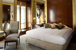 Park Hyatt Paris-Vendome, Park Room; Photo: © The Flight Deal