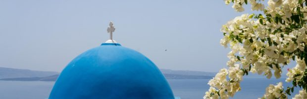 The iconic architecture in Santorini - Photo: (c) Adam Smith