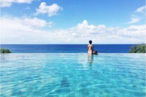 The gorgeous infinity pool - Photo: (c) 2017 - Preethi Chandrasekhar of The Eager Traveler