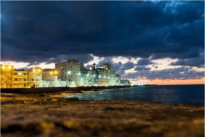 Walking the Malecon at sunset - Photo: (c) Adam Smith
