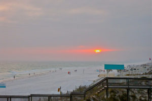 Sunset, Destin, Florida - Photo:  Kim Schuster via Flickr, used under Creative Commons License (By 2.0)