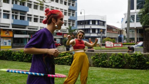 Hula hooping in Parque Morazán. - Photo: (c) 2018 - Caitlin of Circumnavicait