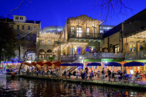 The San Antonio River Walk - Photo: Pedro Szekely via Flickr, used under Creative Commons License (By 2.0)